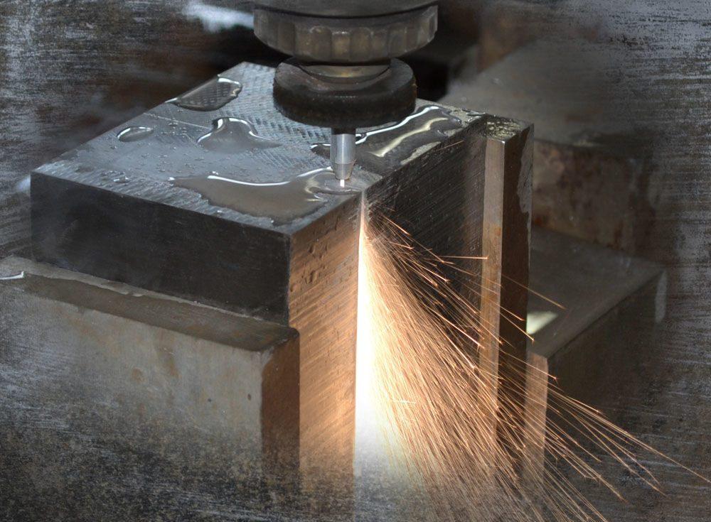 Резка инструментальных и высоколегированных сталей